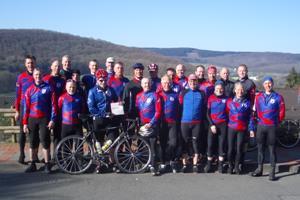 Fahrradgruppe mit Rennfahreren
